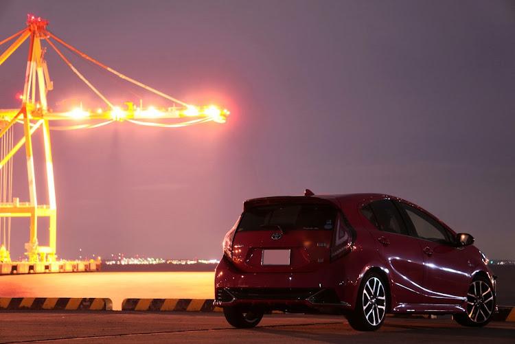 アクア NHP10の夜撮影,霞埠頭に関するカスタム&メンテナンスの投稿画像2枚目