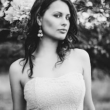 Wedding photographer Kristina Tatarinova (christi1305). Photo of 25.06.2014