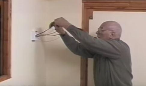 diy electrical repair.JPG