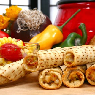 Touchdown Cheesy Chicken Taquitos