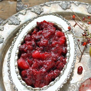 Slow Cooker Cranberry-Pear Sauce with Ginger