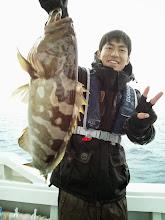 Photo: おおーっ! アラ(クエ)じゃないですかー!最高級の魚ゲットです!