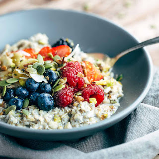 Berry Muesli Breakfast Bowls