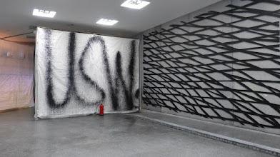Photo: BundeskunstHALL OF FAME; USW (Feuerlöscher) x  IL-Jin Choi aka ATEM