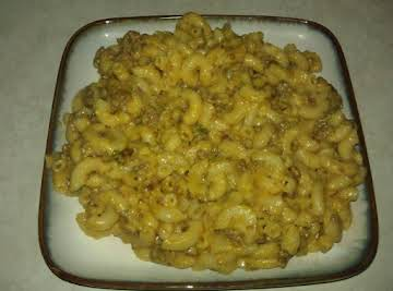Spicy Crockpot Mac and Cheese