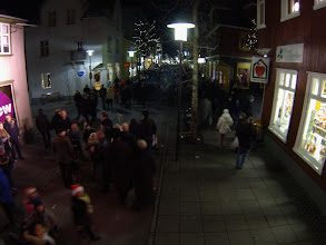 Photo: On Laugavegur shopping street.  Picture taken with boom pole. https://picasaweb.google.com/lh/photo/9yDNZVn1bZRsg8QJUDu8gdMTjNZETYmyPJy0liipFm0?feat=directlink