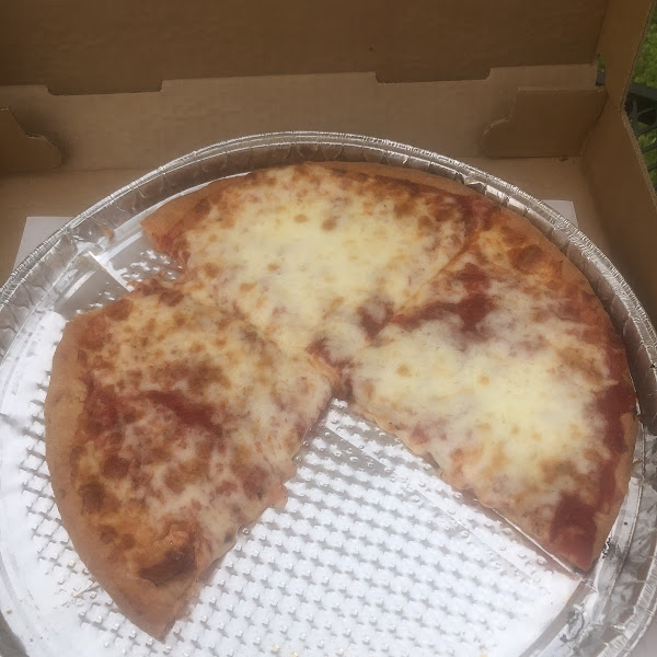 Photo from Benny's Pizzeria
