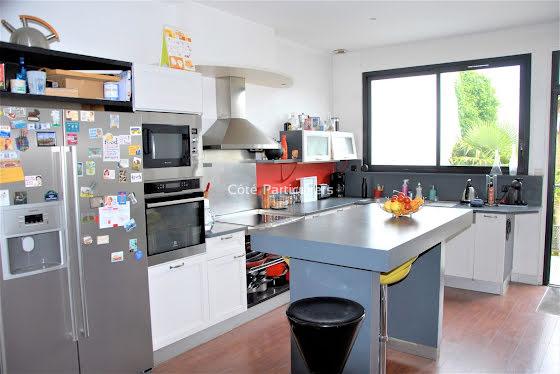 Vente maison 8 pièces 268 m2