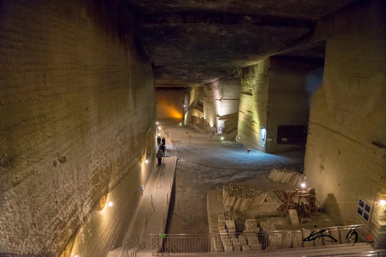 広大な地下採掘場跡