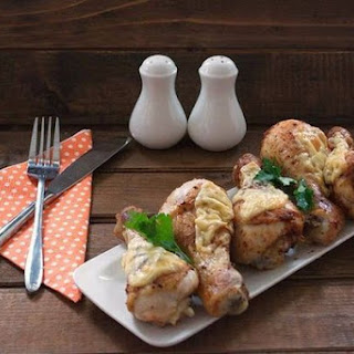 Chicken Legs With Sour Cream And Cheese.