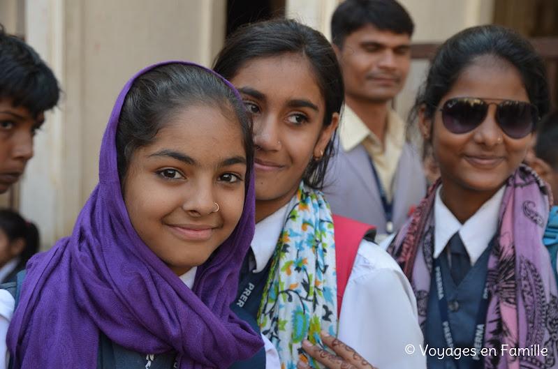 Kumbhalgarh, filles au foulard