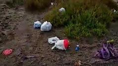 Punta Entinas, lleno de basura.