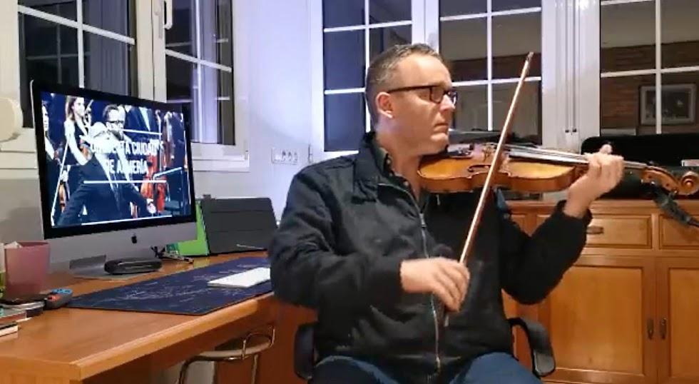El profesor de la OCAL, Salvador Esteve.