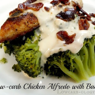 Low-Carb Chicken Alfredo with Bacon (Induction, Phase 1)