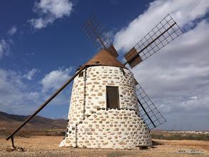 Photo: Fuerteventura - vetrny mlyn