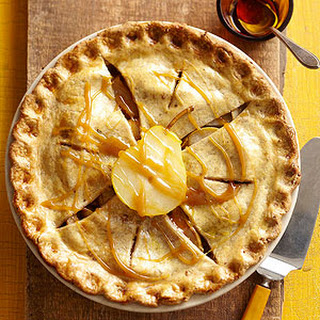 Autumn Maple-Pear Pie