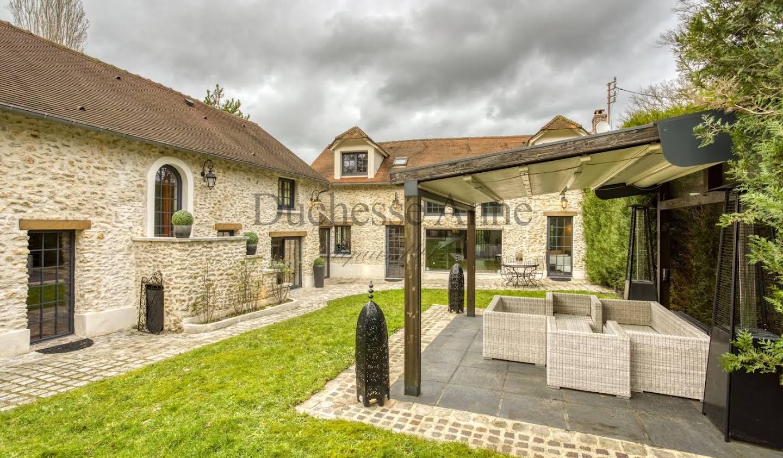 Maison avec piscine et terrasse Montfort-l'Amaury