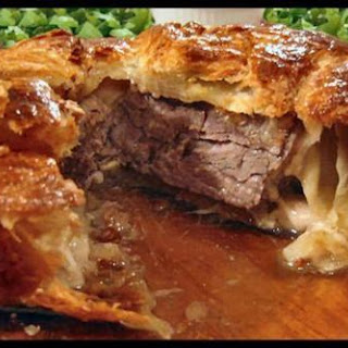 Filet De Boeuf En Croute (Filet Mignon in Puff Pastry).