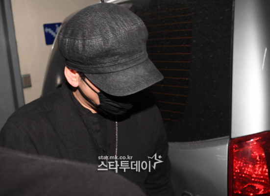 yang hyun suk police station 3