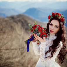 Wedding photographer Elena Bolshakova (fotodivaelena). Photo of 13.03.2017