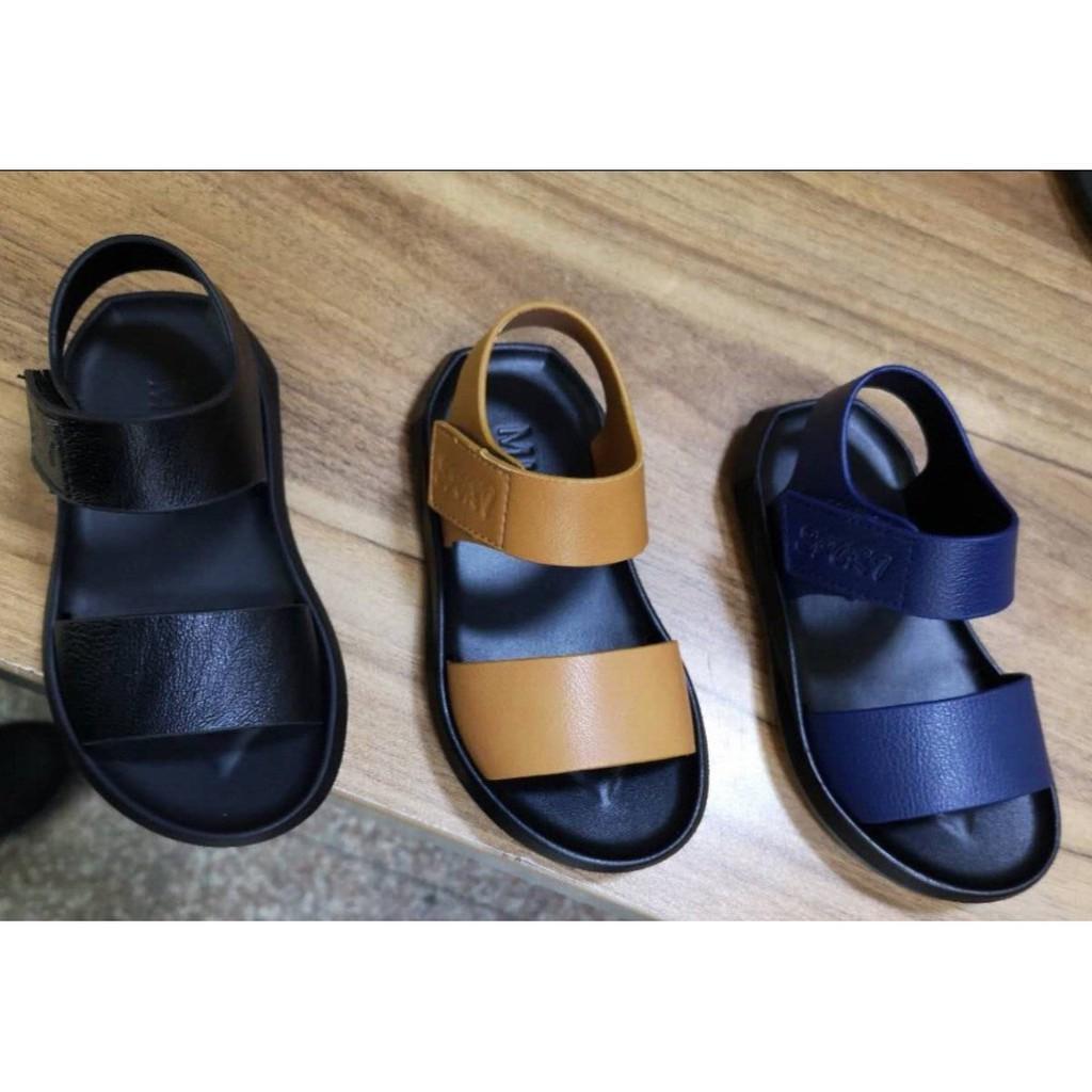 Mẫu giày trẻ em chất lượng