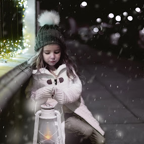 Snowy Night  by Lazarina Karaivanova - Babies & Children Child Portraits ( girl, snow )