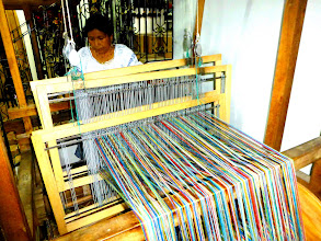 Photo: Foot powered loom makes complex repeating patterns