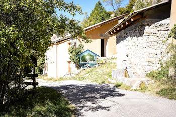 maison à La Faurie (05)