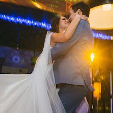 Wedding photographer Olga Volkovec (OlyaV). Photo of 13.05.2018