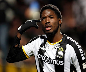 """Er is er eentje bij Charleroi die volop hoopt dat Anderlecht play-off 1 haalt: """"Ik wil tegen mijn beste maat spelen"""""""