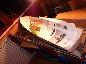 Photo: l'ensemble kit + moteur livré dans un emballage de planeur, mais tout est arrivé intact ..