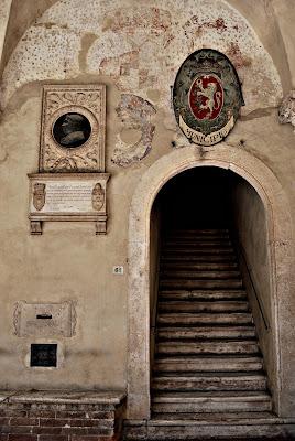 Per le antiche scale di Simona  Petrucciani