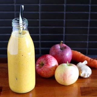 Carrot Apple Ginger Smoothie