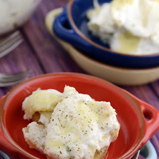 Potatoes with Cottage Cheese Sauce ( Papas A La Huanciana)