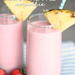Copycat Jamba Juice Aloha Pineapple Smoothie.