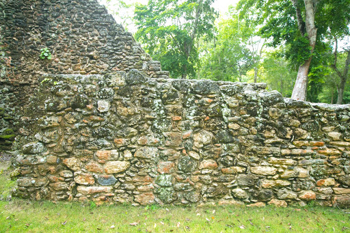 Stone masonry at the Mayan ruins of Dzibanche in Costa Maya, Mexico.
