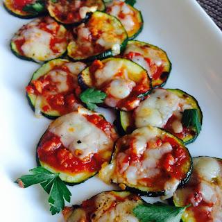 Mini Zucchini Pizzas {21 Day Fix} Recipe