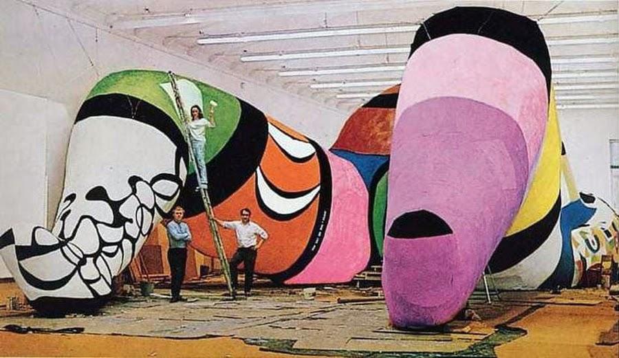 Niki de Saint Phalle, Hon, – en katedral (1966)