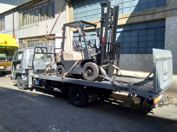CamelTow Towing Services Boom Truck Forklift Rental