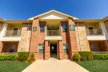 Go to North Greenbriar Apartments website