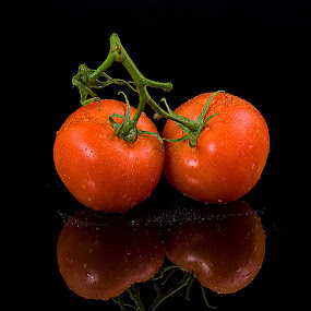 Tomatoes by Dragan Milovanovic - Food & Drink Fruits & Vegetables ( tomatoes,  )