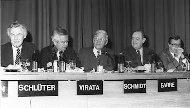 Photo: Prime Ministers Session - World Economic Forum Annual Meeting 1983 (European Management Symposium)