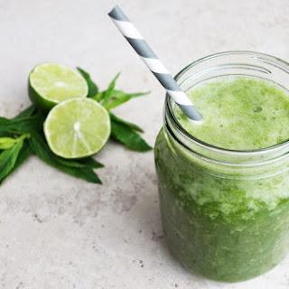 De-Bloat Green Smoothie.
