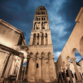 Electric storm in Split by Antonio Rossetti - Buildings & Architecture Places of Worship ( clouds, lightning, croatia, split, cathedral, storm )