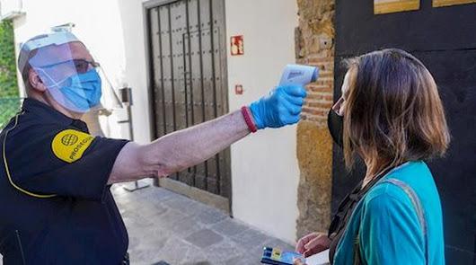 Andalucía suma 14 positivos más, la cifra más baja de la semana