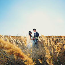 Wedding photographer Vladimir Popov (Photios). Photo of 30.10.2014