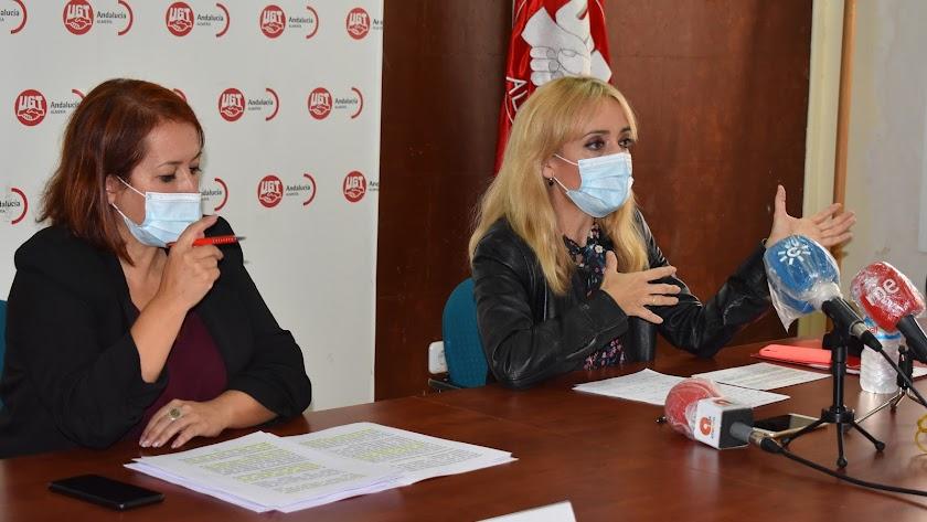 Carmen Vidal junto a Carmen Castilla en una rueda de prensa este miércoles.