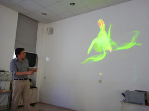 Photo: Yannick Staedler, a postdoc in Jürg's lab, gave a lecture about the use of microCT-scanning for the study of extant floral morphology.