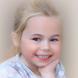 by Stephen Crawford - Babies & Children Child Portraits (  )