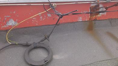 Photo: Zakonceni KV anteny G5RV, ceka na opravu.